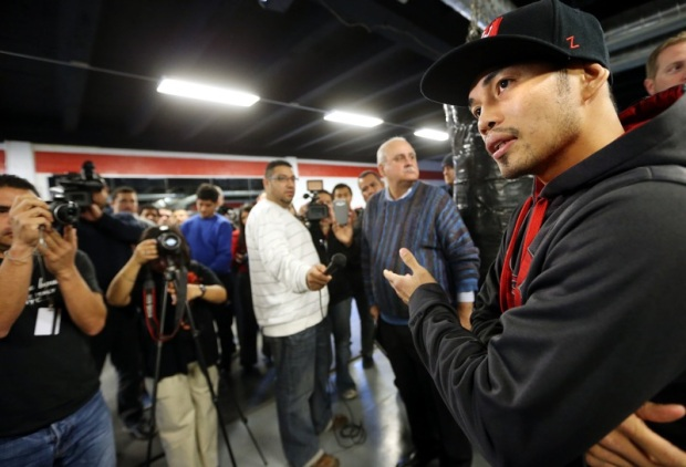 Donaire media day_121211_001a