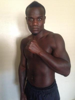 FORMER WORLD CHAMPION JOSHUA CLOTTEY‏ SIGNS WITH STAR BOXING