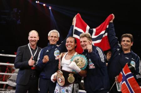 RCM WOMENS BOXING- Braekhus defends titles; Nielsen defeats Majewski